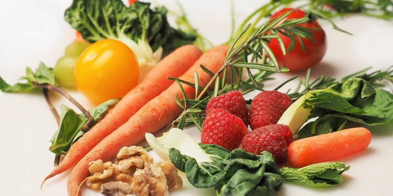 Gelesen: Basische Ernährung: Der effektive Weg in ein gesundes Leben