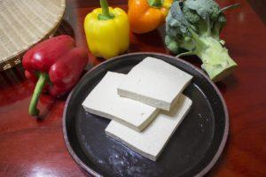 Glasierter Tofu